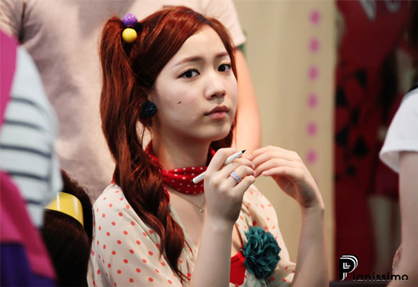 T-ara Hwayoung fan signing event