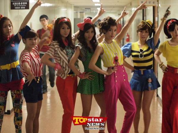 T-ara Music Bank backstage