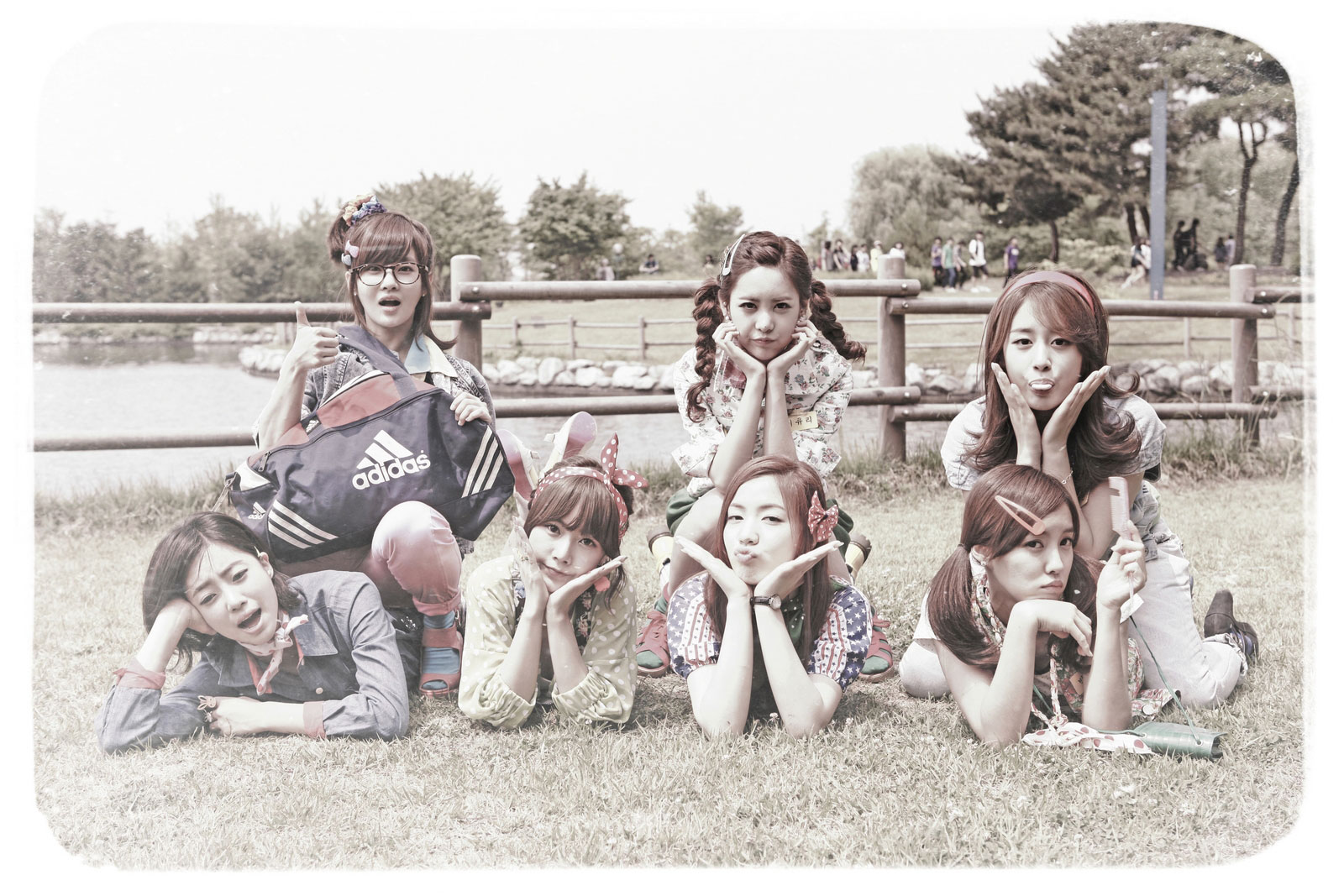 T-ara Roly Poly HD concept photo