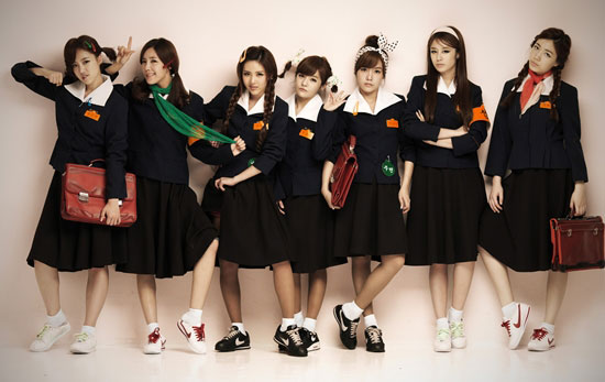 T-ara Roly Poly school photo