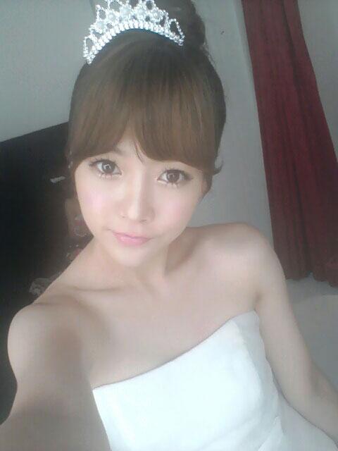 T-ara Joyeon bride selca
