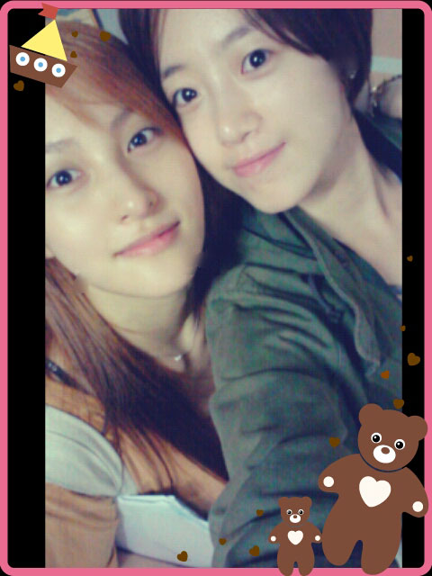 T-ara Eunjung and Kara Gyuri fresh face selca