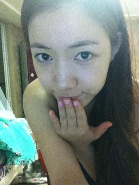 T-ara Hwayoung fresh face selca