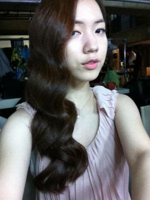 T-ara Hwayoung wavy hair