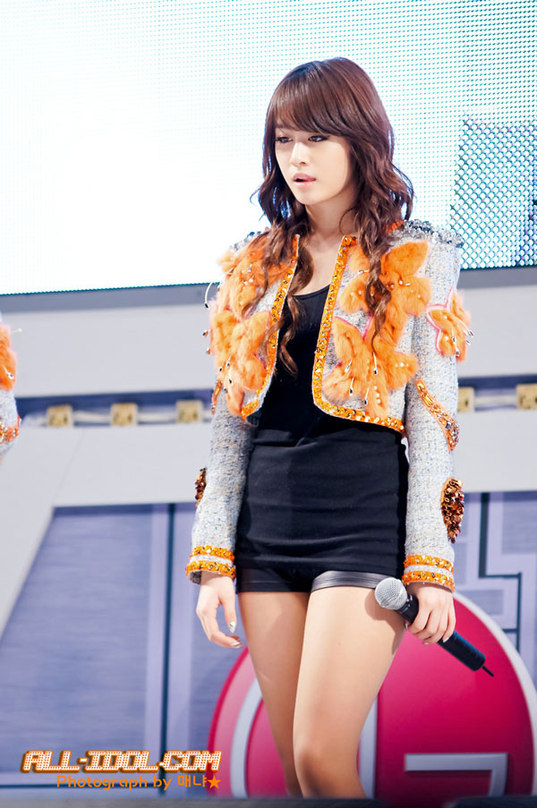 T-ara Jiyeon at LG event