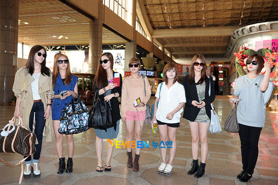 T-ara at Korean airport
