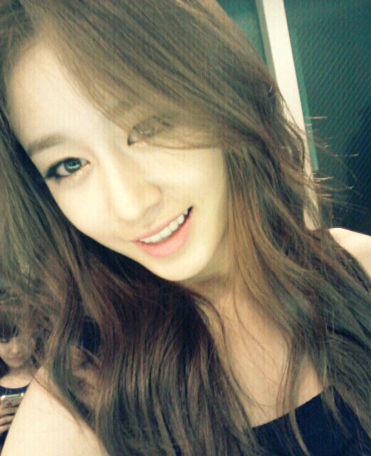 T-ara Jiyeon weather is cold