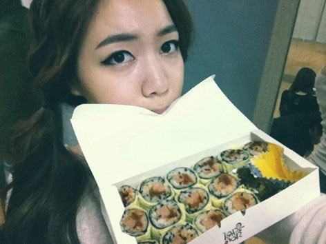 Tony Ahn food for T-ara Hwayoung