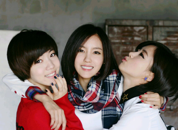 T-ara Hyomin, Hwayoung, Eunjung short hair