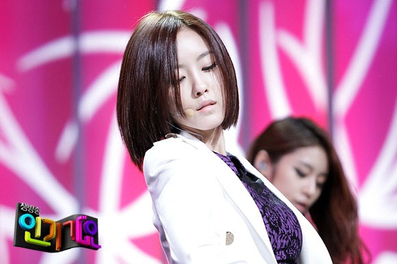 T-ara Hyomin Cry Cry Inkigayo