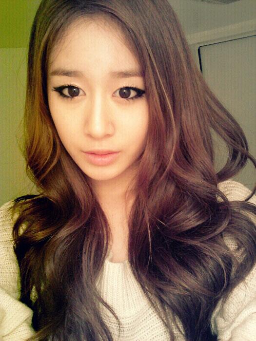 T-ara Jiyeon 2012 selca