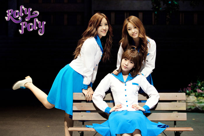 T-ara members Roly Poly musical