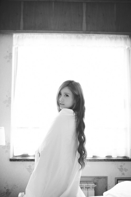 T-ara Qri Freedom photoshoot