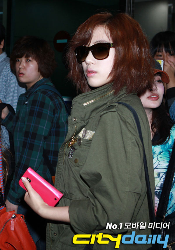 T-ara Eunjung airport fashion