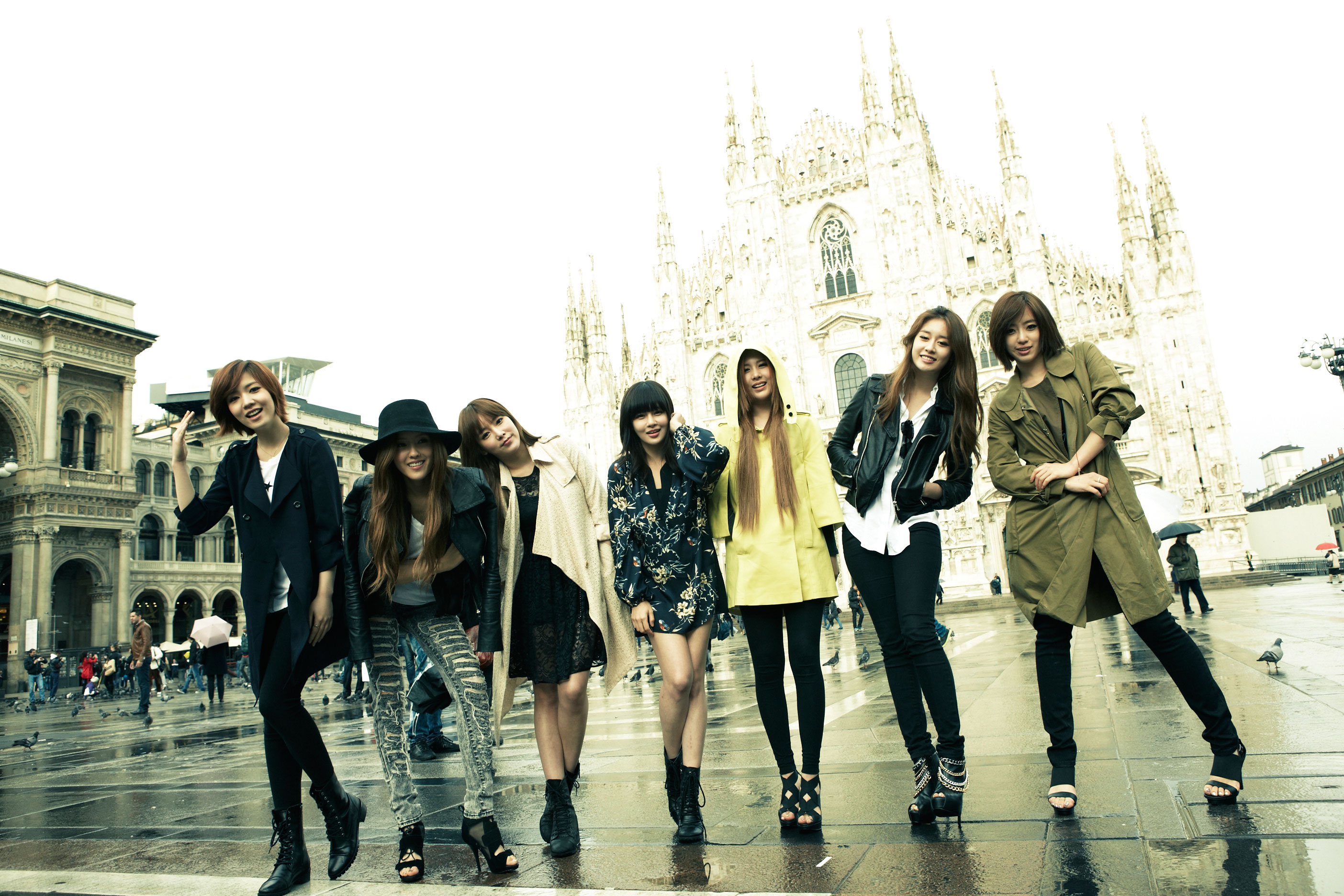 T-ara Europe Milan Cathedral