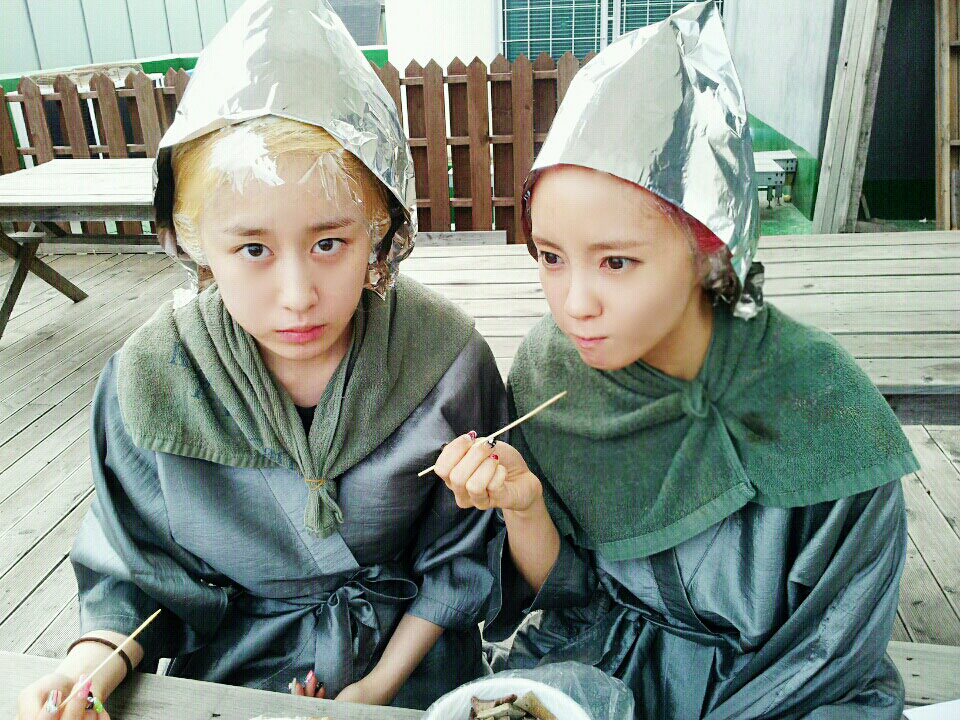 T-ara Hyomin Jiyeon hair dyeing