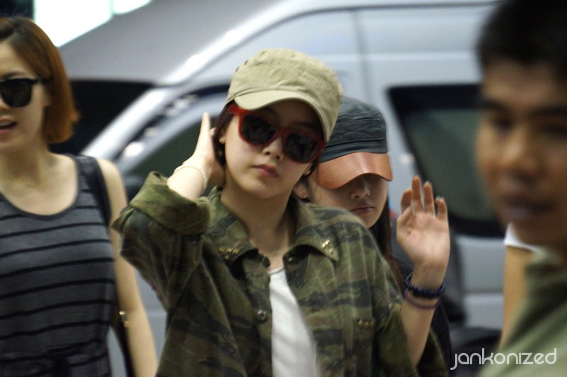 T-ara Soyeon Thailand airport